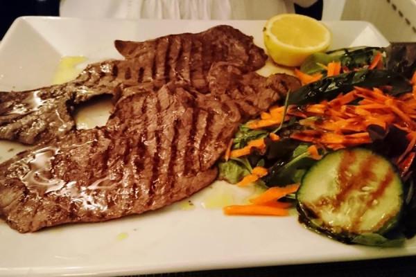 steak2F890781-61C7-8DD8-1C2D-7560F7F9F9AC.jpg